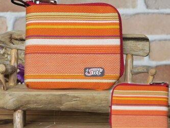 【薄い財布】倉敷帆布 カード・お札・小銭一括収納 二つ折り財布 オレンジ系生地 赤ファスナーの画像