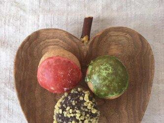 りんごのお皿 クルミ(B)の画像