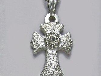 伝統的なモチーフ 小さなフローリー十字架 cc20s 好評ですの画像