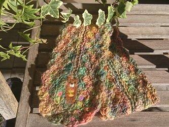 羊毛フェルト模様マフラー くまと花と蜂蜜。の画像
