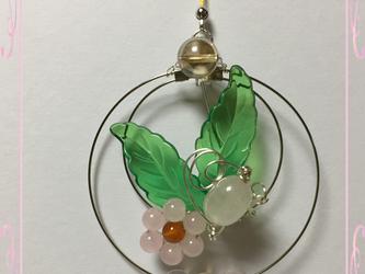 ローズクォーツと桜のサンキャッチャーの画像