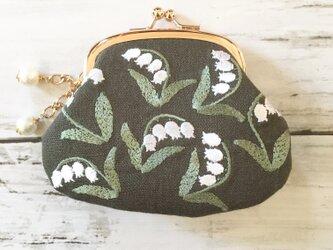 (両面刺繍)ずすらんの花咲く刺繡がまぐち カーキリネン の画像