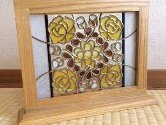 グラスアートのミニ衝立(黄色い薔薇)の画像