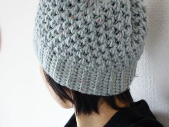 hand-knit beanie / light grayの画像
