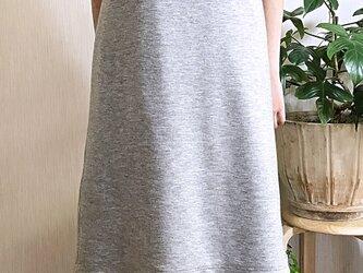 ポンチ生地のジャンパースカートの画像