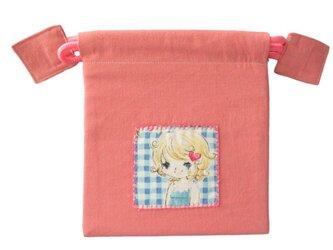 入園用品:巾着 デニムといちごプリントのコップ入れ  アップリケ付きの画像