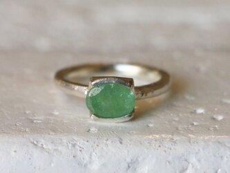 シンプル*天然エメラルド 指輪*10号 SVの画像