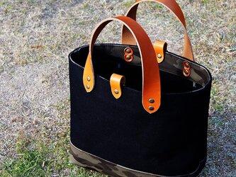 倉敷帆布のトートバッグ〜黒+迷彩の画像