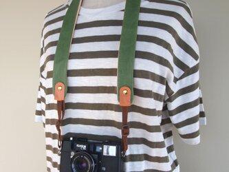 ぶた革*カメラストラップ【緑】全8色*やわらかい使い心地*コンパクト一眼におすすめの画像