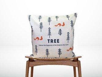 森のクッション Trees & Foxの画像