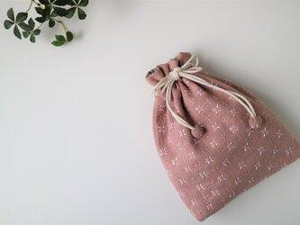 春が待ち遠しい ピンクの『米刺し』刺し子きんちゃくの画像