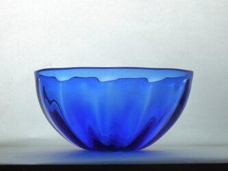 コバルトブルーのボウルの画像