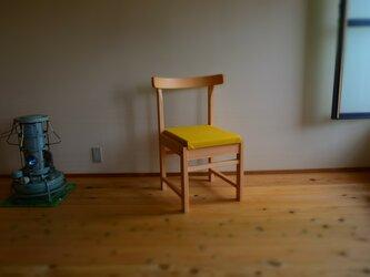 ヒノキの椅子 座面の帆布 薄キャメル色の画像