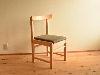 ヒノキの椅子 座面の帆布 薄カーキ色の画像