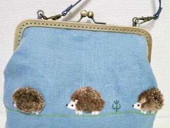 ハリネズミさんのフアフア刺繍バッグの画像