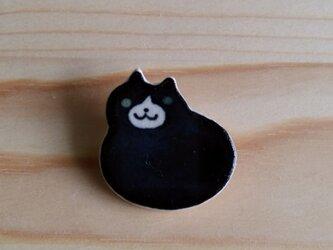 もっちり猫ブローチ(黒)の画像