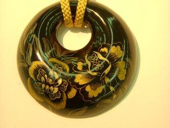 輪島塗沈金ネックレスの画像