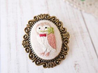 森のブローチ(おくりもの)・メンフクロウの画像