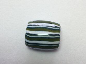 とんぼ玉*しましま模様の帯留*緑×深緑×白の画像