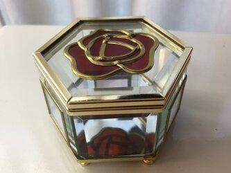ガラスケース(バラ)の画像