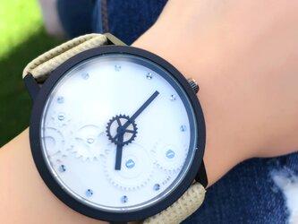 ユニセックス セコンドギア腕時計 ホワイト<q-006>の画像