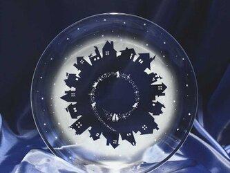 【夜の屋根で散歩】猫モチーフのガラス皿 中皿(vol.1)の画像