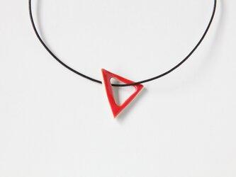 陶のペンダント triangle レッドの画像