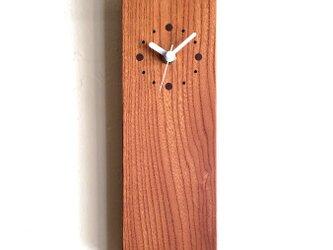掛け時計 縦型 けやきの画像
