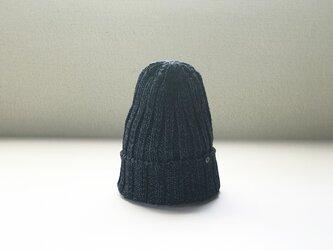 手横編機で作った・ローゲージニット帽  インディゴネイビーの画像