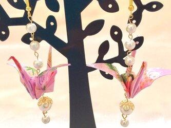 折鶴の和風ピアス / イヤリングの画像