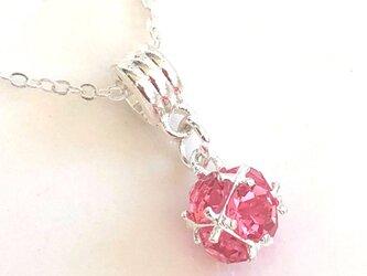 輝くスフィアのジルコニアネックレス ピンクの画像