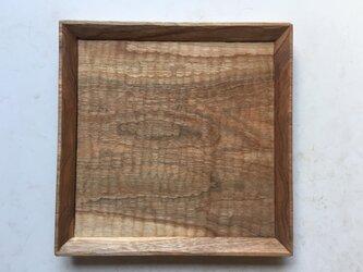 クルミの木の角皿  パン皿の画像