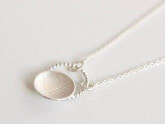 Round vein pearl wire pendantの画像