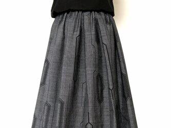 大島紬のリメイクタックスカートの画像