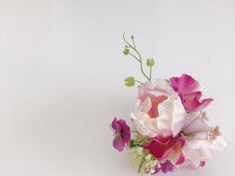 コサージュ pinkの画像