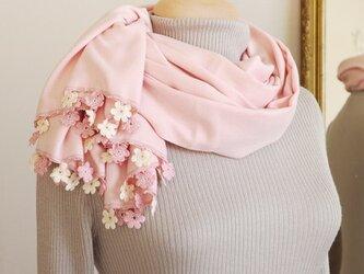 【再販】レースの花付き パシュミナストール「マリー/2辺」ベビーピンクの画像