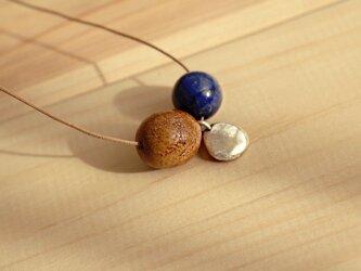 天然石ラピスラズリ ピュアシルバー 菩提樹 コットンコードネックレスの画像