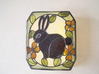 ウサギの壁掛けランプの画像