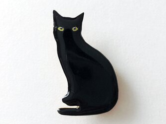 黒猫 オスワリ ブローチの画像