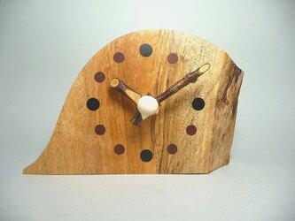 山桜の針のお木時計の画像