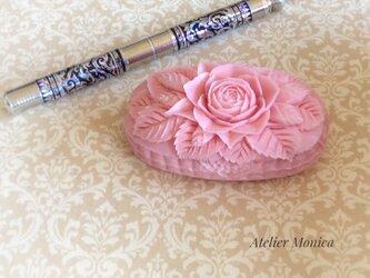 春を感じる香り良い♡バラの贈り物  ソープカービングの画像