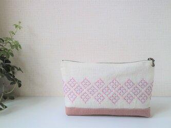 桜色の『米刺し』刺し子ポーチ の画像
