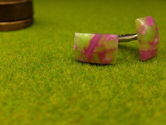 桜と新緑のクラッシュ カフスの画像