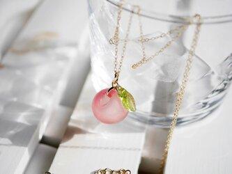 オレンジピンク★りんごのネックレスの画像