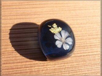 ガラスの帯留 「 桜 」の画像