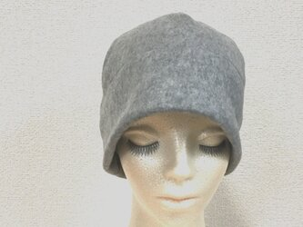 フリース帽子 ライトグレーの画像