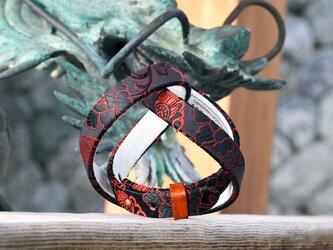 和風ブレスレット  龍と花 赤/黒  レザー 3連 Triple braceletの画像