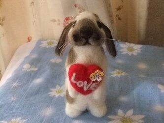 まろウサギのホワイトデーの画像