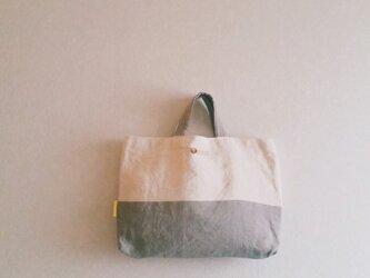 シンプル手提げbag 巾着付き  しろ+グレーの画像