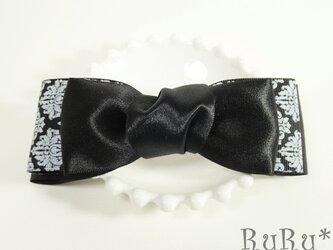 *B8* 高級リボンのバレッタ(黒/ダマスク柄)の画像